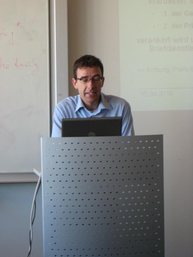 Sascha Hoffmann, Leiter Logistik der Nordsee Zeitung im Labor Marketing und Multimedia (MuM)