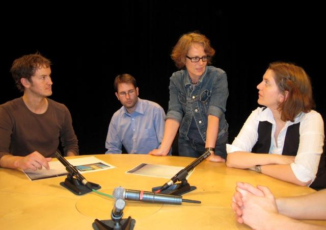 Moderationsrunde im Studio bei Radio Weser.TV mit Sabine Hartmann